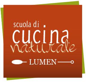 Logo Scuola Cucina naturale lumen